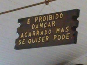 proibido_dançar